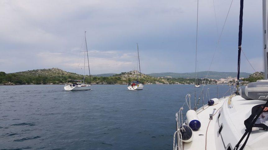 Nasza flotylla w drodze do Szybeniku
